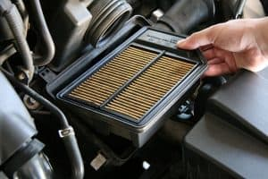Смяна на горивен филтър и филтър на купето